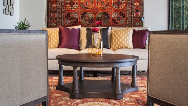 oriental rugs and furniture